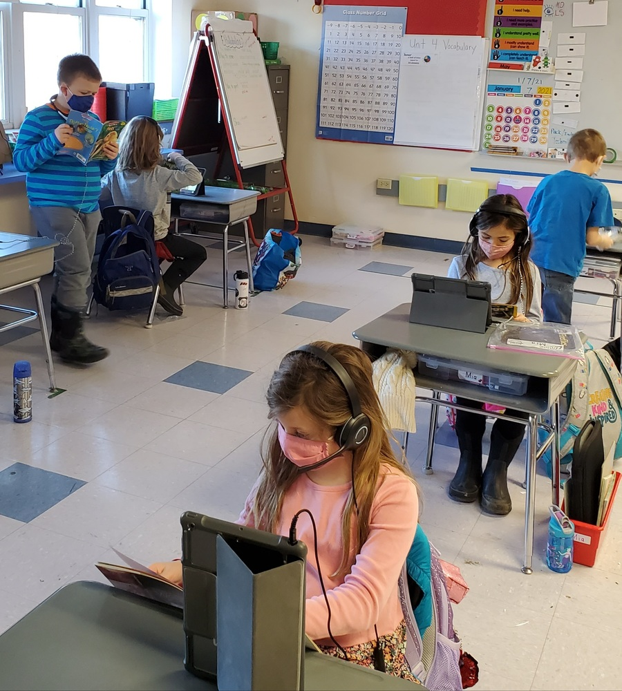 2nd-grade students record videos in FlipGrid